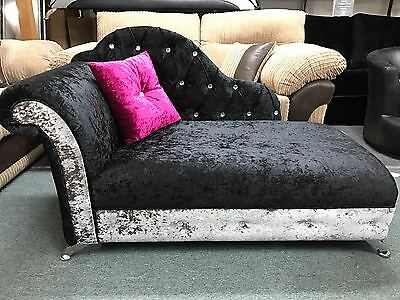 Chaise longue in crush velvet with a diamond design