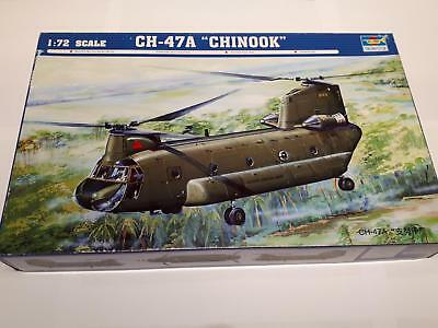 Trumpeter 01621 Boeing CH-47A Chinook US Army Transport Helicopter Vietnam 1:72