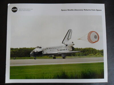 NASA STS-105 DISCOVERY landing lithograph