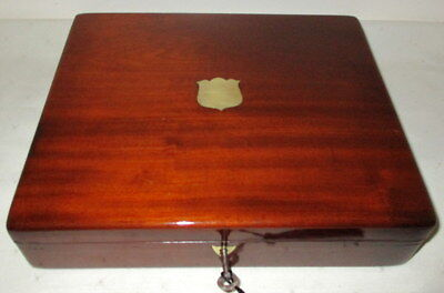 HANDSOME USEFUL VICTORIAN SOLID MAHOGANY DESK TOP BOX BOX with key