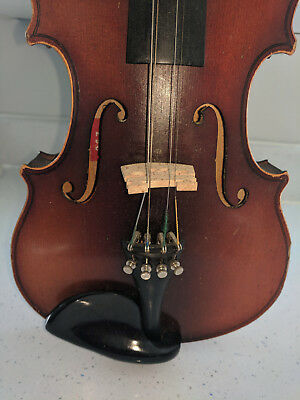 Violin 4/4 old, in need of tlc but looks nice