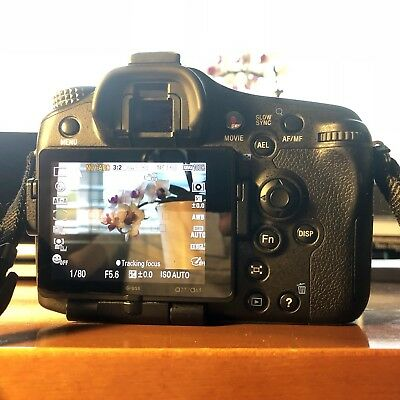 Sony Alpha A77V 24.3MP Camera With 3 Lenses Vertical Grip 5728 Actuations