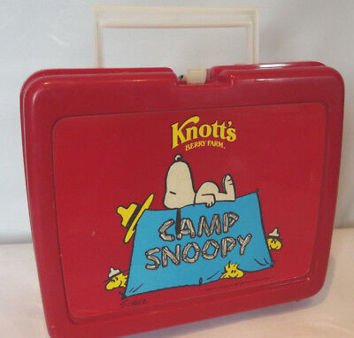Knotts Berry Farm Camp Snoopy Red Plastic Peanuts Lunch Box