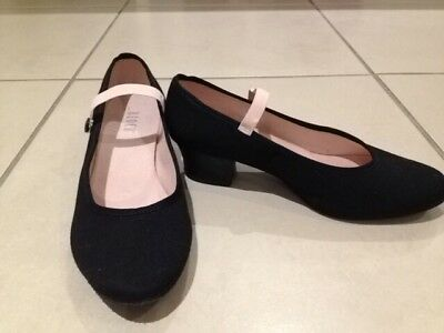 Bloch character shoes Size 6