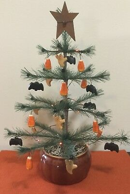 Primitive LIGHTED HALLOWEEN FEATHER TREE, Ghost, Spider, CandyCorn, Vintage Pot