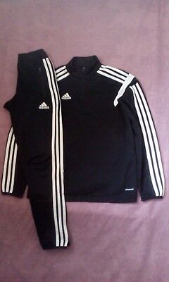 Boys Adidas Climacool Tracksuit Zip Neck Top/Bottoms Size YM , Age 11-12 Years