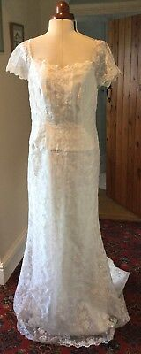 Vintage Organza Embroidered Ivory Wedding Dress