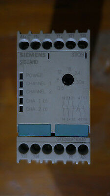 Siemens 3TK28 SIGUARD Safety Relay (3TK2828-1BB40)