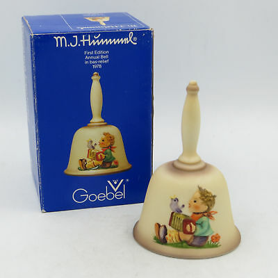 Goebbel M.J. Hummel Annual Bell 1978 in bas relief First Edition w/ Box