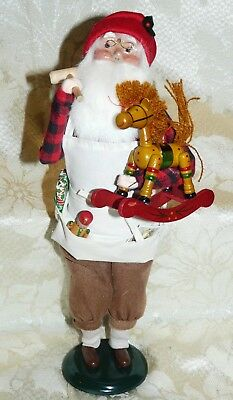 1993~Byers Choice Carolers~SANTA w PRESENTS~Toy Maker in North Pole Workshop