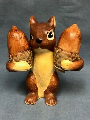 Vintage Pair of Salt and Pepper Shakers-Squirrel Holding Nuts / Acorns