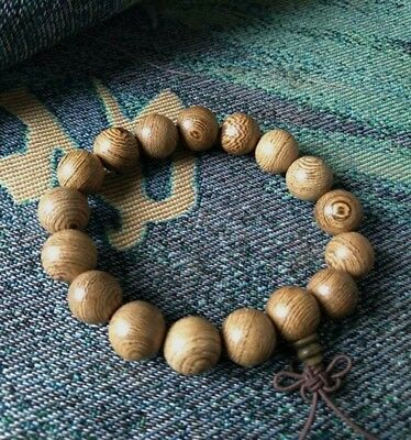Chinese collection of hand-carved Buddha beads wood bracelet Texture