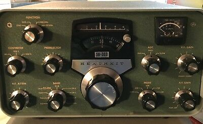 Heathkit SB-303 Solid State Receiver.  Estate Item #135