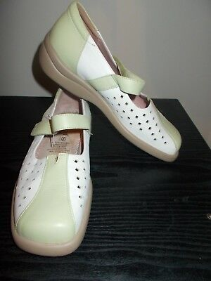 Women's shoes By Kumfs Size 36 XW White & Lime Leather