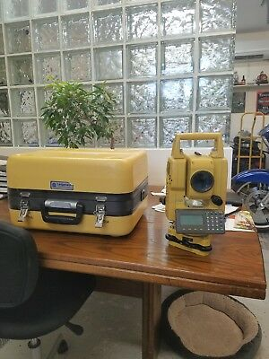 Topcon GTS 255W Green Label with case/battery/charger/2nd battery