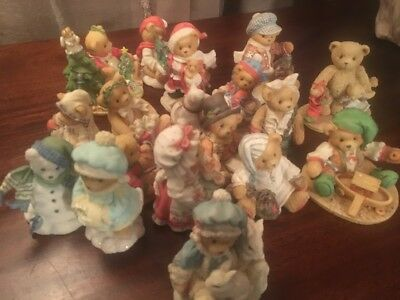 Cherished Teddies Lot Of 17 Christmas Holiday and in Perfect Condition!