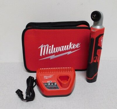 """Milwaukee 2467-21 1/4"""" Cordless Impact Driver Kit 12.0 Voltage Battery Included"""