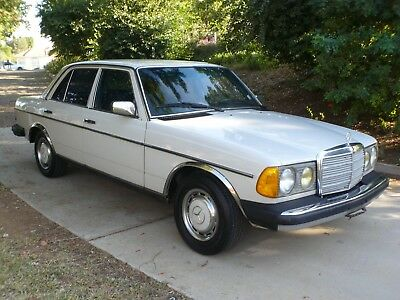 1982 Mercedes-Benz 200-Series 240D NEW 4SPEED TRANSMISSION CALI CAR NO RESERVE 1982 MERCEDES BENZ 240D Diesel California Car New 4SPD Transmission CLEAN CARFAX