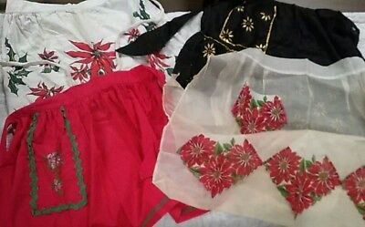 Lot of 4 Mid Century Vintage Christmas Aprons