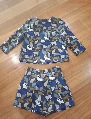 Two Piece Ladies Outfit Shorts And top Size 4 H&M Cat Print