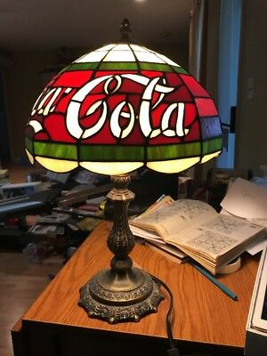 """VTG TIFFANY STYLE COCA-COLA STAINED GLASS LAMP 18"""" -See Description Pick Up Only"""