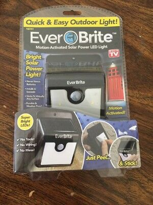 Ever Brite Solar Powered & Wireless Led Outdoor Light ~ AS ON TV ~ Brand New!