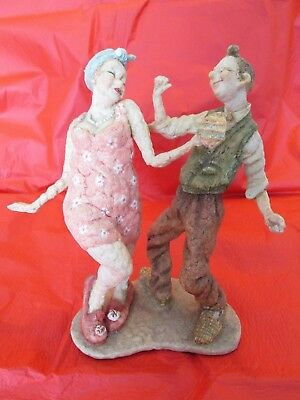Views of Life Country Artists CAUGHT IN THE MOMENT approx 24cms tall unboxed.