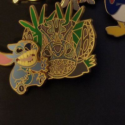 Disney Pin Stitch Character Mask Tiki Stained Glass Mosaic Experiment 626 Alien