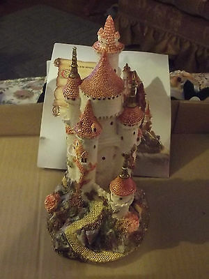 LILLIPUT LANE CASTLE COLLECTION 1986 SLEEPING PRINCESS  Mint in  box