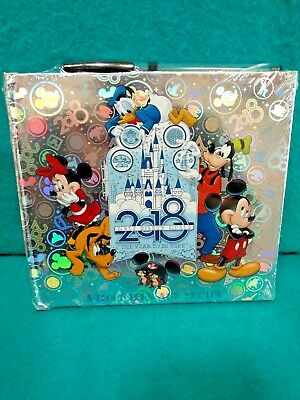 Walt Disney World Mickey and the Gang Autograph Book 2018 (NEW) w/ Pen