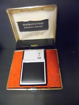 Vintage Remington 300 Shaver Electric Razor With Case And Cord