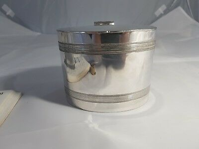A Very  Elegant Antique Silver Plated Tea Caddy By Mh&co Of Sheffield