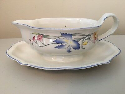 Villeroy & Boch RIVIERA Gravy Boat with Attached Underplate MINT!!
