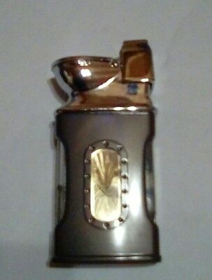 Pot Leaf Butane Refillable Lighter ( toilet shaped top)