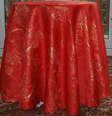 "BAUBLES A RED EMBOSSED 160cm ( 63"" ) ROUND POLYESTER CHRISTMAS TABLE CLOTH"