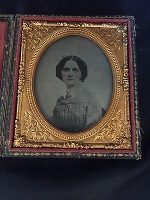 Pretty Lady Pink Tinted Cheeks Collar and Brooch 1/6 Sixth Plate Ambrotype Good