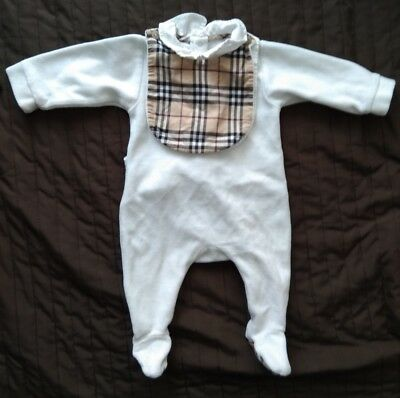 Burberry Romper 1 Month With 2 Bibs Baby Girl