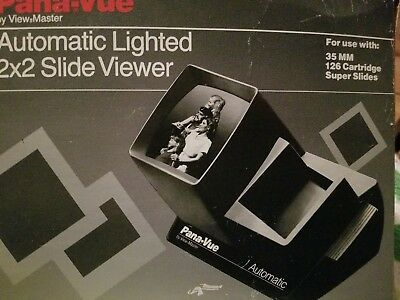 Vintage View Master Pana-Vue Automatic Lighted 2X2 Slide Viewer