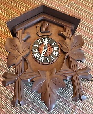 Lovely Vintage Wooden Cuckoo Clock ~ Made In Germany