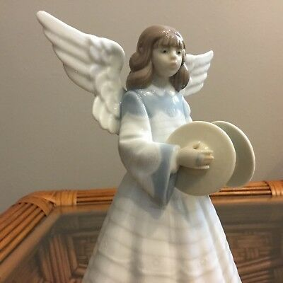 Llardo Angelic Cymbalist Tree Topper. Original box. Excellent condition.