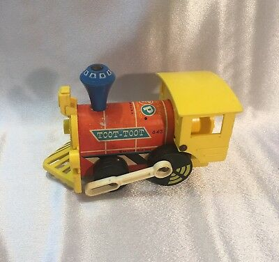 Vintage 54 years old! Fisher Price Toot-Toot #643 Wood Pull Toy Train 1964