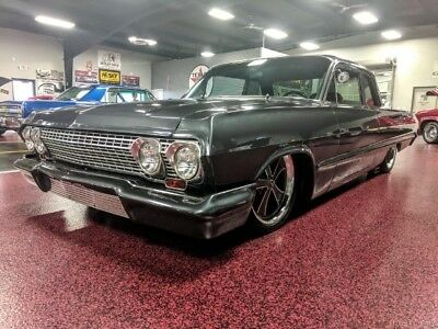 1963 Chevrolet Bel Air/150/210 Coupe 1963 700r4 LT fuel injected  AIR RIDE, STANCE CUSTOM CLEAN