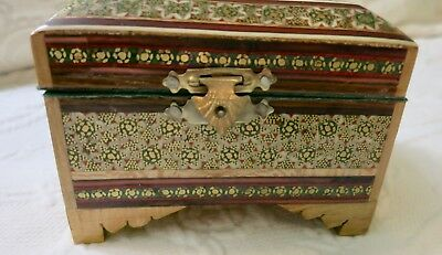 Vintage Asian/Chinese Red Lacquer Wood Box Hand Painted handprinted Gold Red