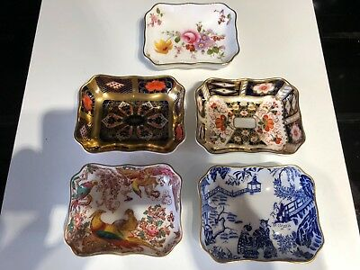Mixed Lot of 5, 1st Quality Royal Crown Derby Pin/Trinket Dishes. Perfect.