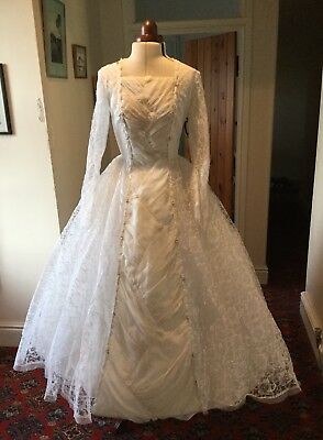 VINTAGE 1950's/60's WHITE LACE & IVORY ORGANZA WEDDING DRESS