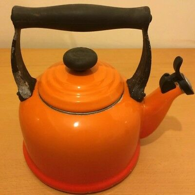 Le Creuset 2.1 L Stove Top Whistling Kettle In Volcanic Orange