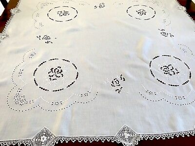 """Beautiful Vintage Hand Embroidered CUTWORK Crochet White Linen TableCloth 40x41"""""""