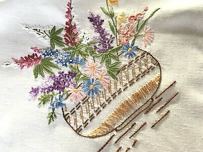 VINTAGE HAND EMBROIDERED NATURAL LINEN TABLE CLOTH 33x35 INCHES
