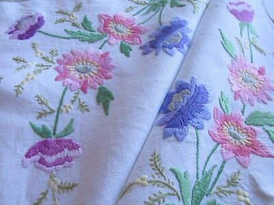 Vintage Hand Embroidered Linen Tablecloth-BEAUTIFUL RAISED FLORAL'S