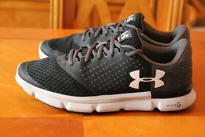 Under Armour mens trainers size 9 uk eu 44 in Grey still  excellent  condition